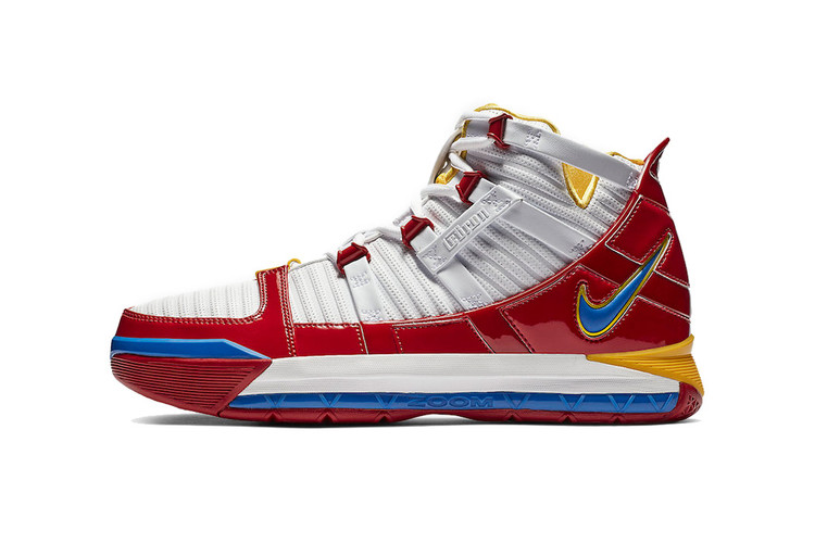 5d5d3c8569ee7 Nike Heads Back to  05 With Zoom LeBron 3