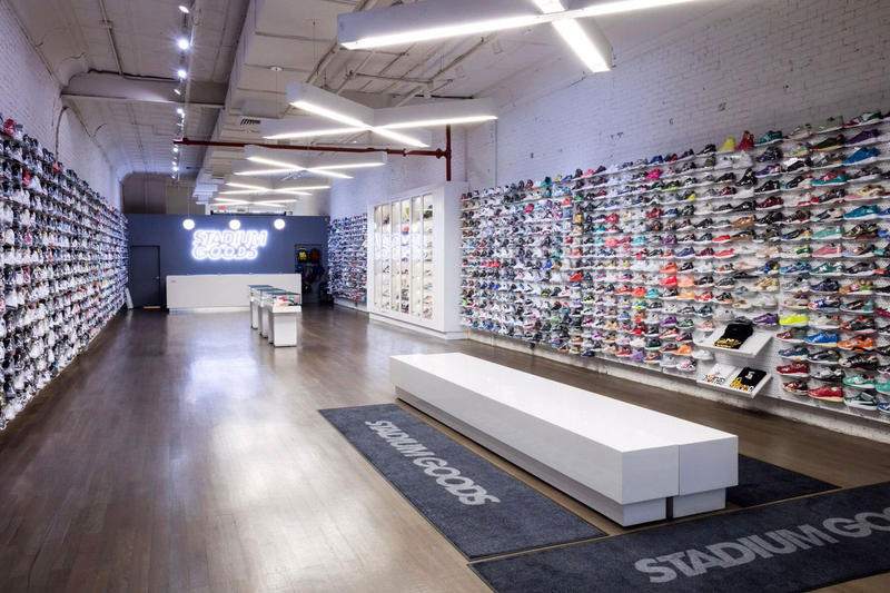 Stadium Goods farfetch 250 million usd purchase lvmh invest partner buy sell company