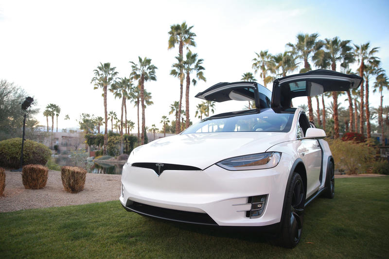 Tesla Full Tax Credit Delivery Elon Musk January 1 2019 New Years