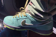 "Travis Scott Flaunts Upcoming ""Green Lobster"" Nike SB Dunk Low"