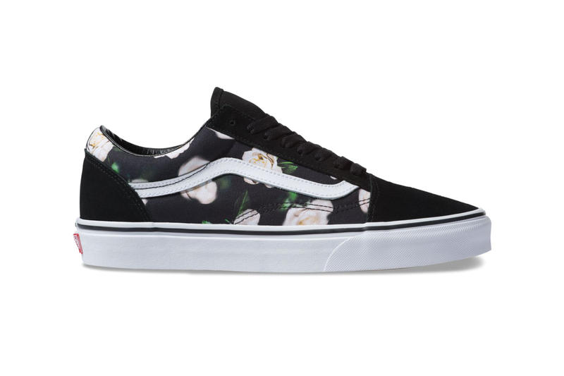 f7acc762b0 vans romantic floral old skool slip on era 2018 december 2019 fall winter  fw18 buy details