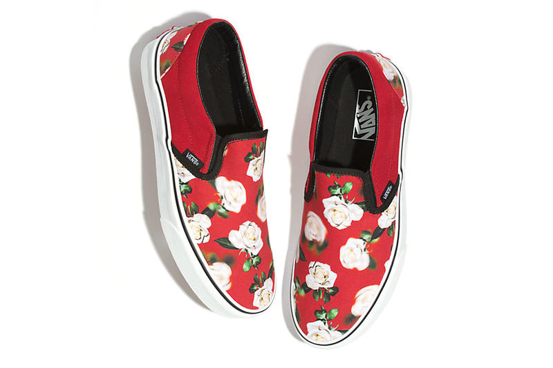 vans romantic floral old skool slip on era 2018 december 2019 fall winter fw18 buy details info price pricing cost black red blue roses shoes sneakers skate