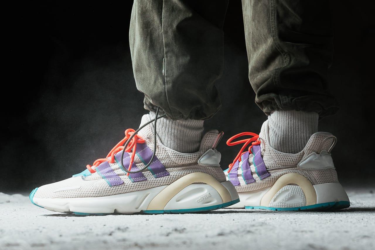 adidas Originals Lexicon Sneaker On