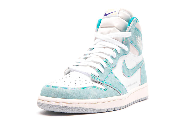 Air Jordan 1 Retro High OG Turbo Green Another Look White Sail Light Smoke Grey Release Info Date 555088-311