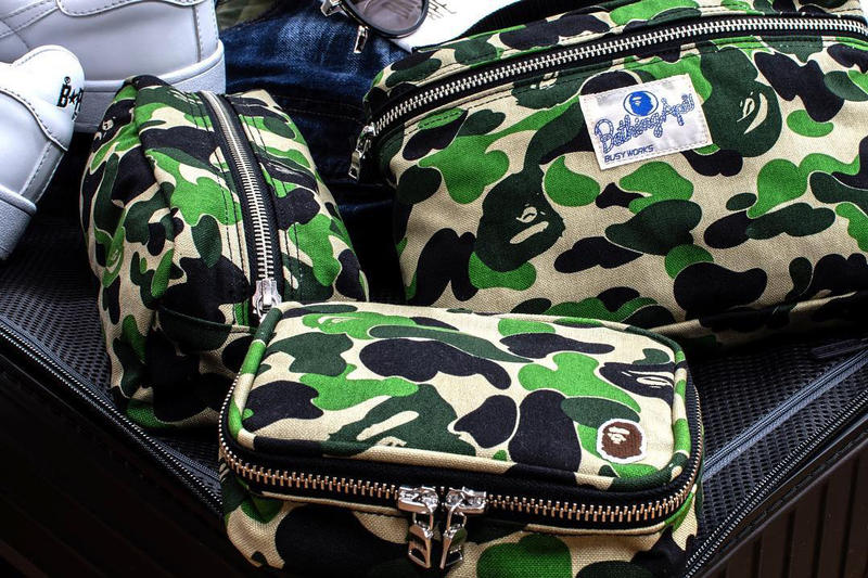 BAPE 1ST CAMO Travel Pouches music flight amenity set a bathing ape 1st camo