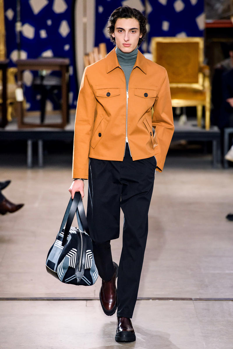 hermes fw19 fall winter 2018 mens menswear collection runway paris fashion week january clothes coats outerwear shirts pants jackets leather blue brown grey gray black orange brown info details
