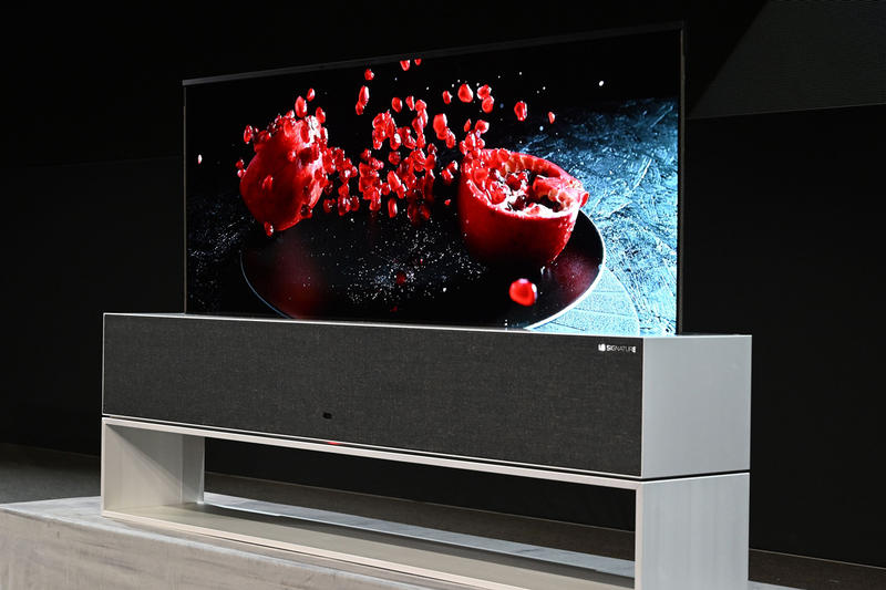 LG to Release World's First Rollable OLED TV tech television