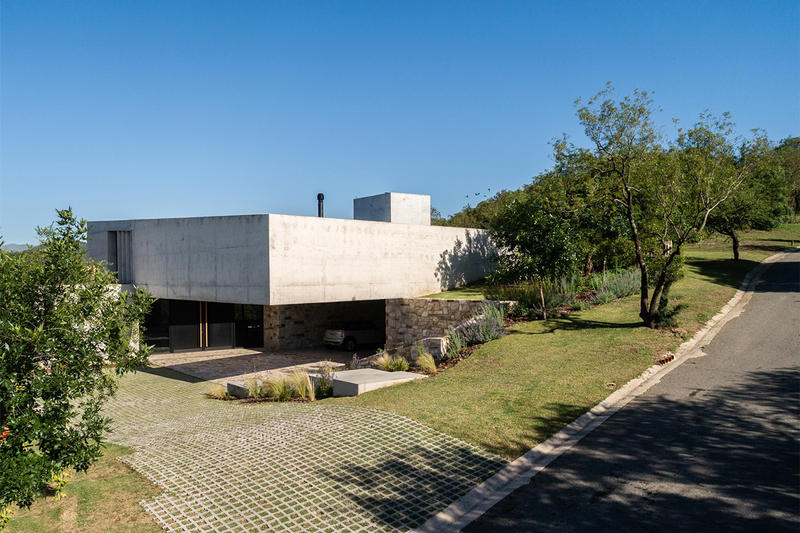 mq2 House bp arquitectura Argentina Mendiolaza Homes Houses Architecture Modern Exterior Interior Sleek Design Brutalist Concrete Inspiration Ideas