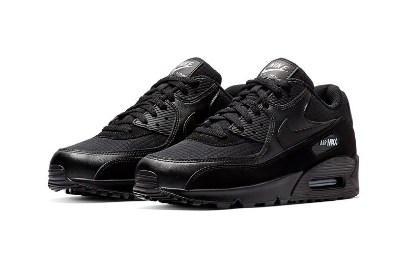 Nike Air Max 90 Essential Black & White Release nike swoosh air unit midsole