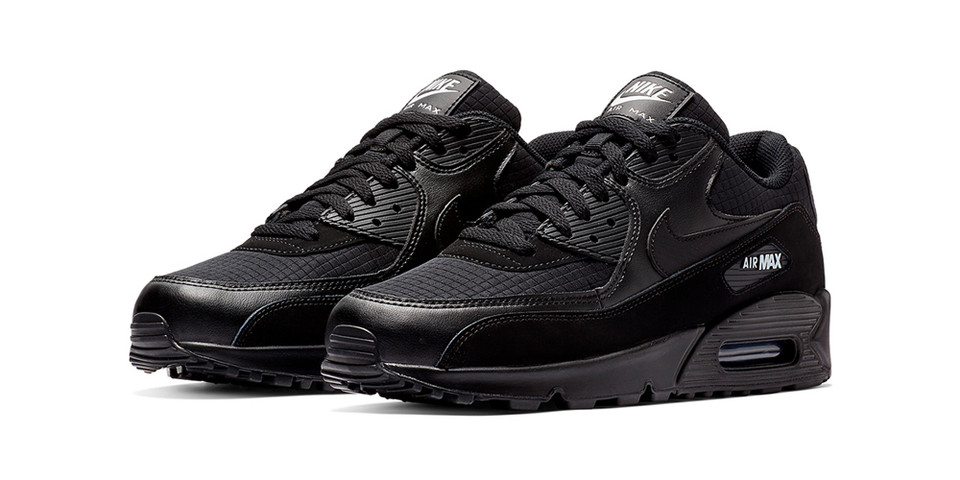 uk availability f2c51 842eb Nike Air Max 90 Essential Black   White Release   HYPEBEAST
