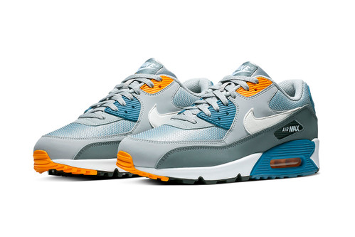 Nike's Air Max 90 Storms Into 2019