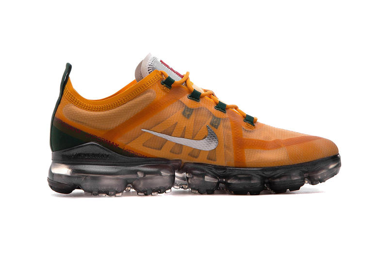 nike air vapormax 2019 canyon gold metallic silver terra orange footwear nike running