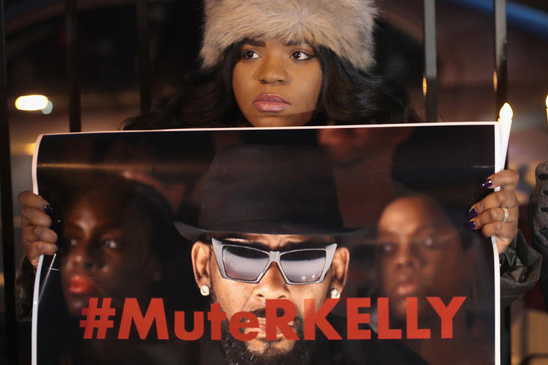 """Spotify Creates Ability to Mute Artists R. Kelly XXXTentacion """"Hateful Conduct"""" policy moral compass"""