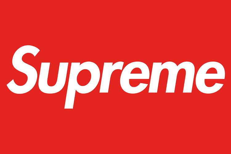 UPDATE  Counterfeit Supreme Store in Shanghai Operating Illegally 854f3cd80b0