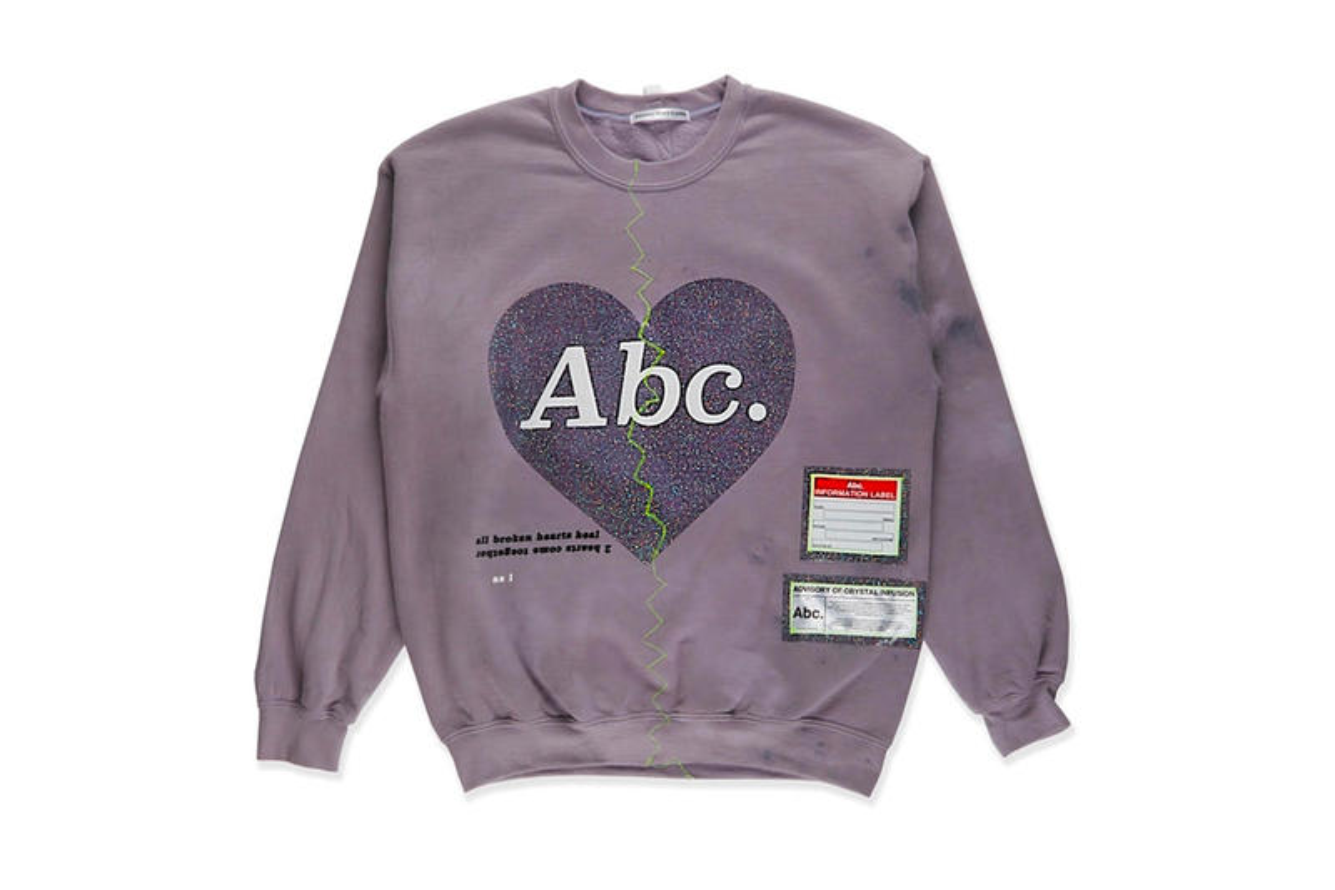 "Advisory Board Crystals Stimulates Love With ""Abc. Broken Heart"" Crewneck"