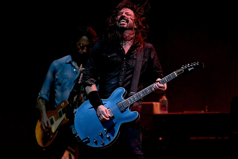 Dave Grohl Compares Billie Eilish to Nirvana comparison interview february 2019 michael rapino quote rock foo fighters pollstar live