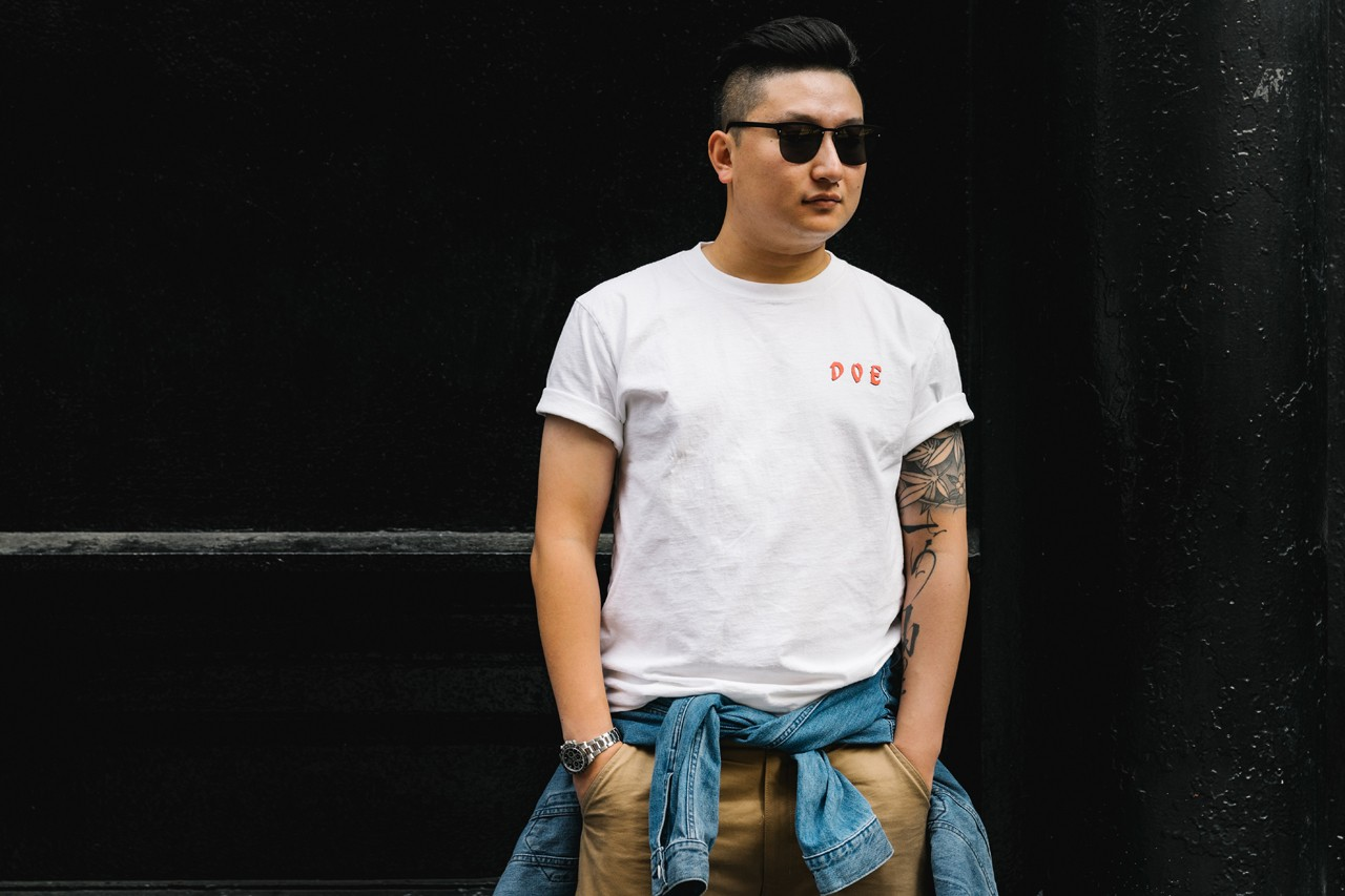Streetsnaps: Terry Zhu, DOE Shanghai Co-Founder style fashion interview china junya watanabe nike air max 98 triple white colorway on foot outfit