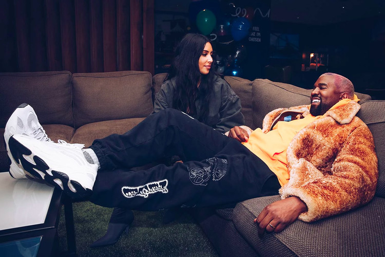 5c2a5c77bde48 Kanye West Gifts Kim Kardashian a Special Valentine's Day Surprise