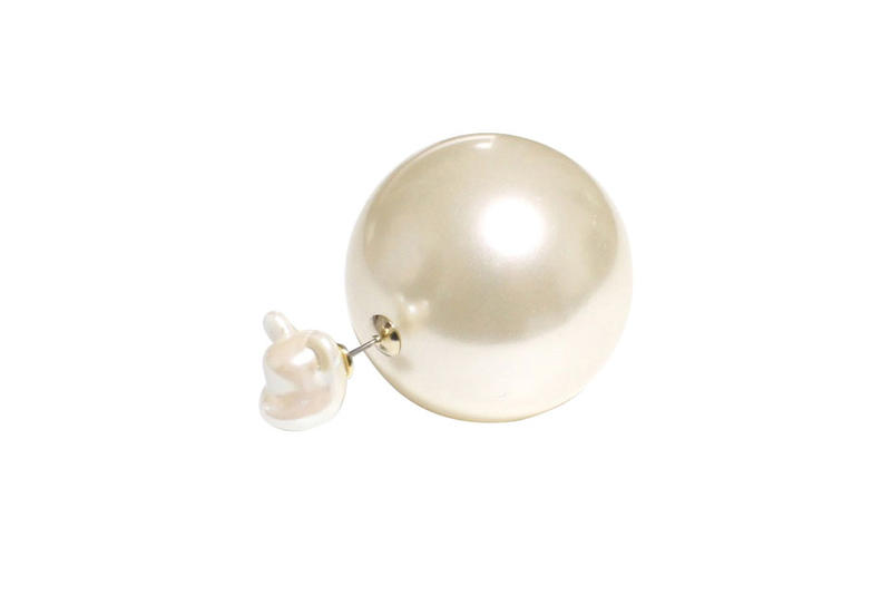 Medicom Bearbrick x dix Pearl Earring Release