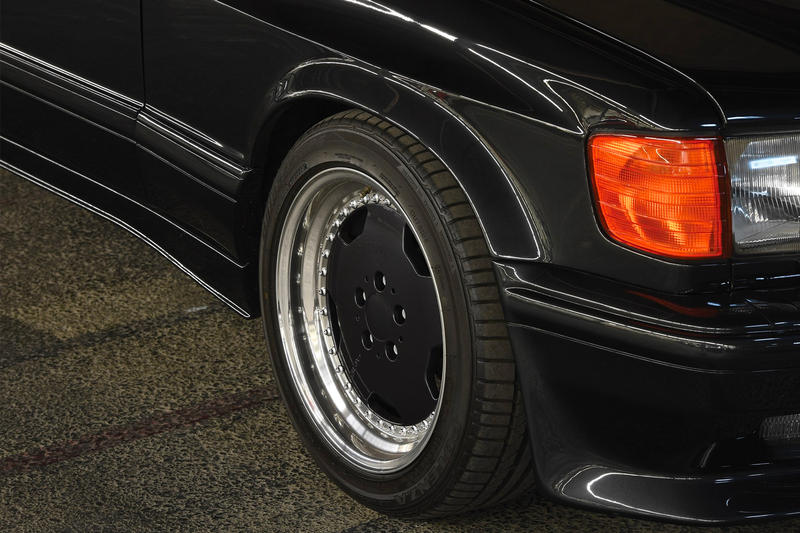 Mercedes Benz 1989 560 SEC AMG Wide Body Auction | HYPEBEAST