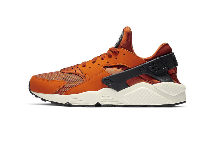 pretty nice a3765 569af Nike Air Huarache Gets a