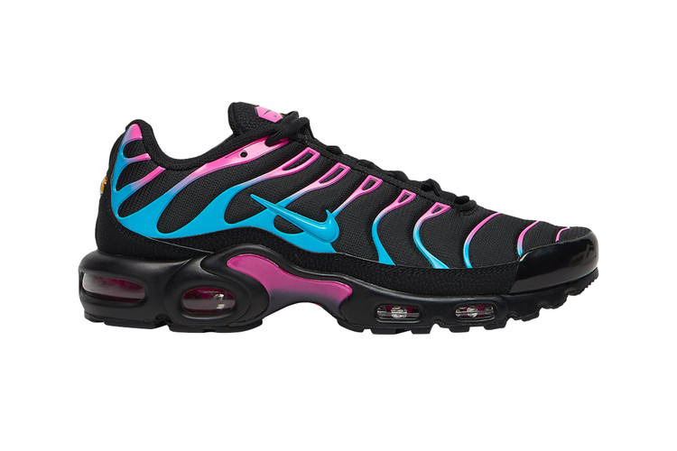 new style 31f22 5b352 Nikes Air Max Plus Receives