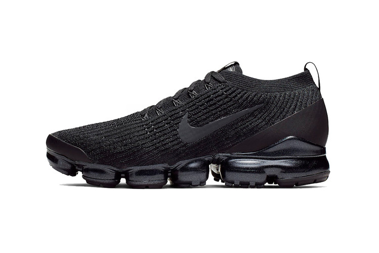 c57d434efd3078 Nike Air VaporMax Flyknit 3.0 Takes on a Versatile