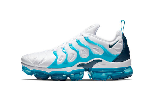 """The Nike Air VaporMax Plus Welcomes a """"Blue Force"""" Edition"""
