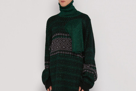 Raf Simons Gives Its Latest Sweater 3 Neck Openings