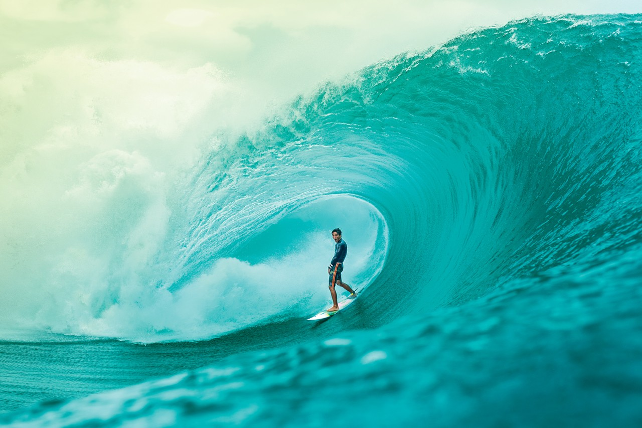 Zak Noyle x Sun Bum: Vinyl Figure Interview hawaii surfing water blue photography