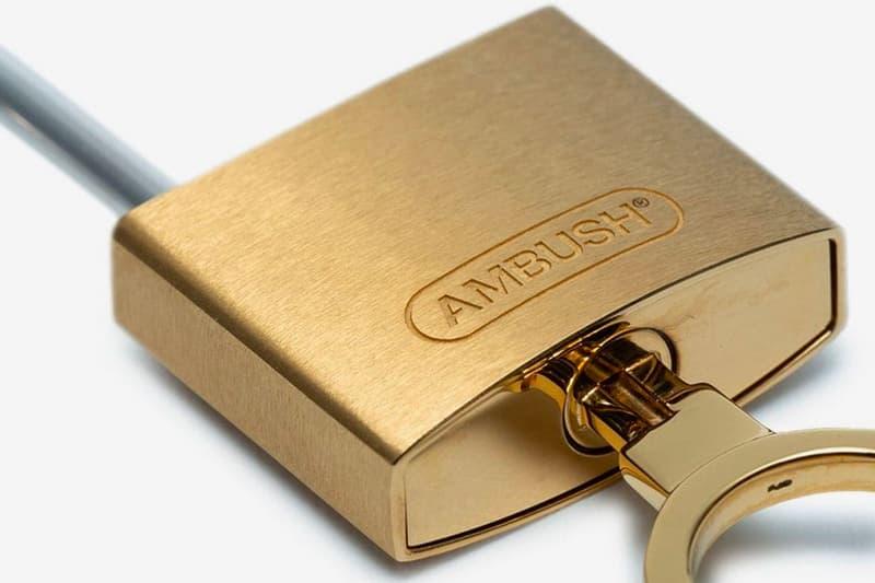 Ambush Gold-Tone Padlock Keyring Release Browns Yoon