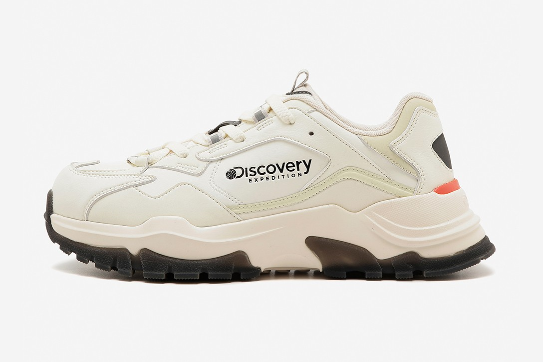 Discovery Expedition Bucket Dwalker Sneaker Lookbook Chunky Korea Outdoor Performance