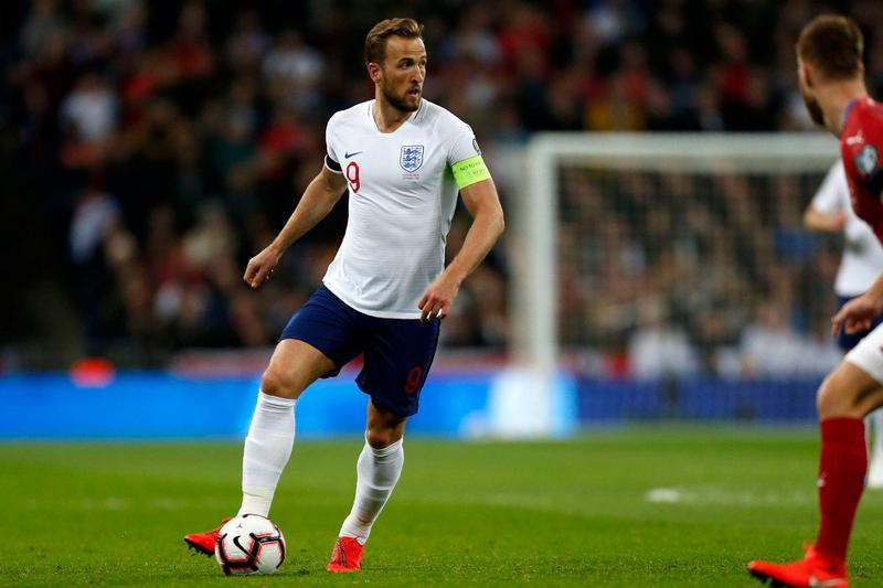 a55955c9e36 English Footballer Harry Kane Wants to Join the NFL soccer tottenham  hotspur england premier league kicker