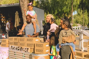 Kanye West and Fam Set up YEEZY Lemonade Stand for Charity