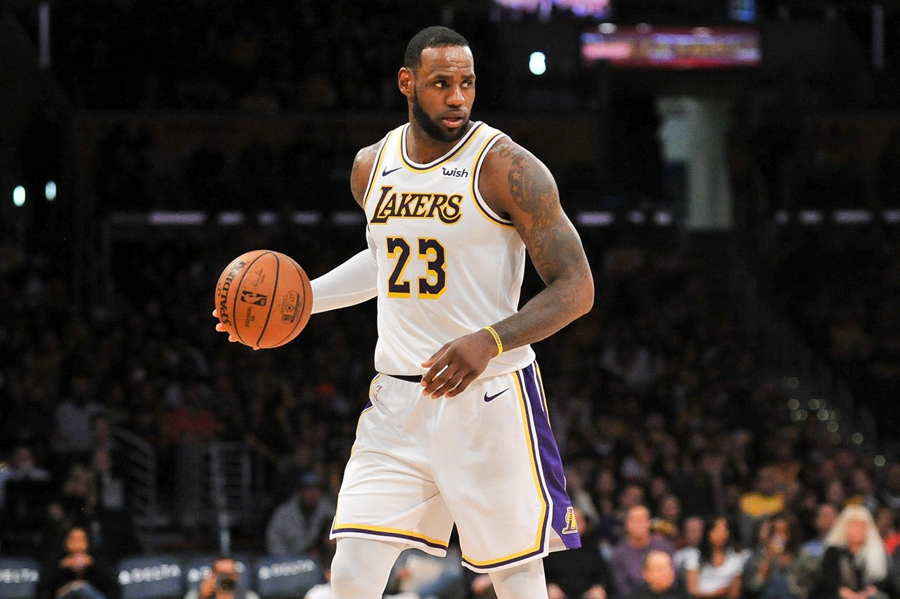 LeBron James Says Lakers Spell \