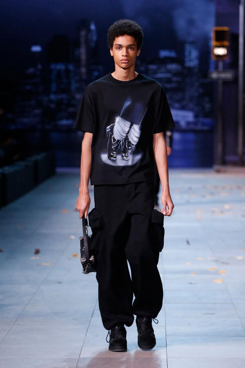 Louis Vuitton, Virgil Abloh on Michael Jackson controversy fall winter 2019 collection runway leaving neverland tee shirt graphic print reference apologize response mj
