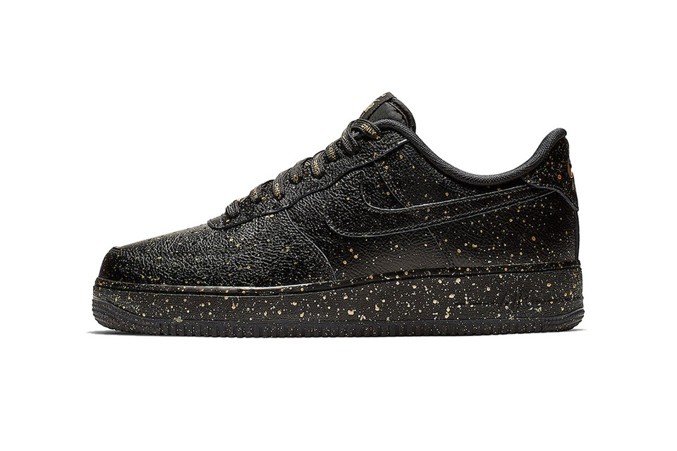 """Nike Teases New HBL Pack With Air Force 1 """"Only Once"""""""