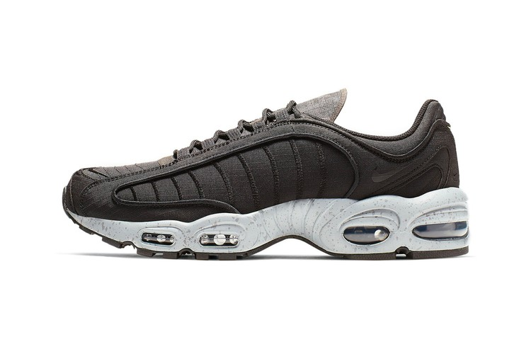 premium selection 3c660 1066e The Nike Air Max Tailwind IV Receives a