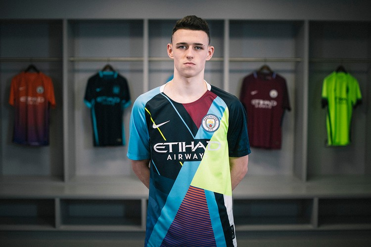 f54ec3a502e8 Nike   Manchester City Launch Special-Edition Shirt to Celebrate  Collaboration