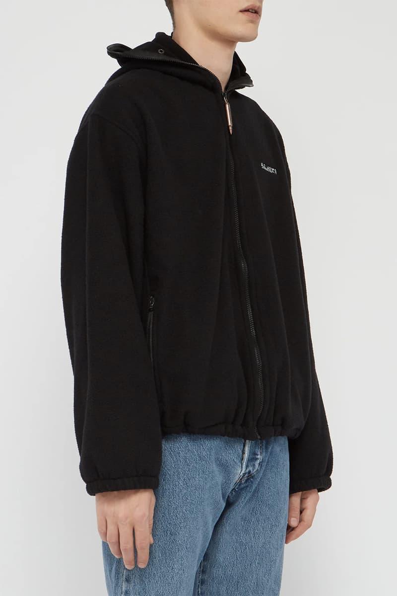 VETEMENTS Runway SS19 Spring Summer 2019 Logo-print face mask fleece jacket Black Zipper Eye Covers Demna Gvasalia Bullet Zip Detailing