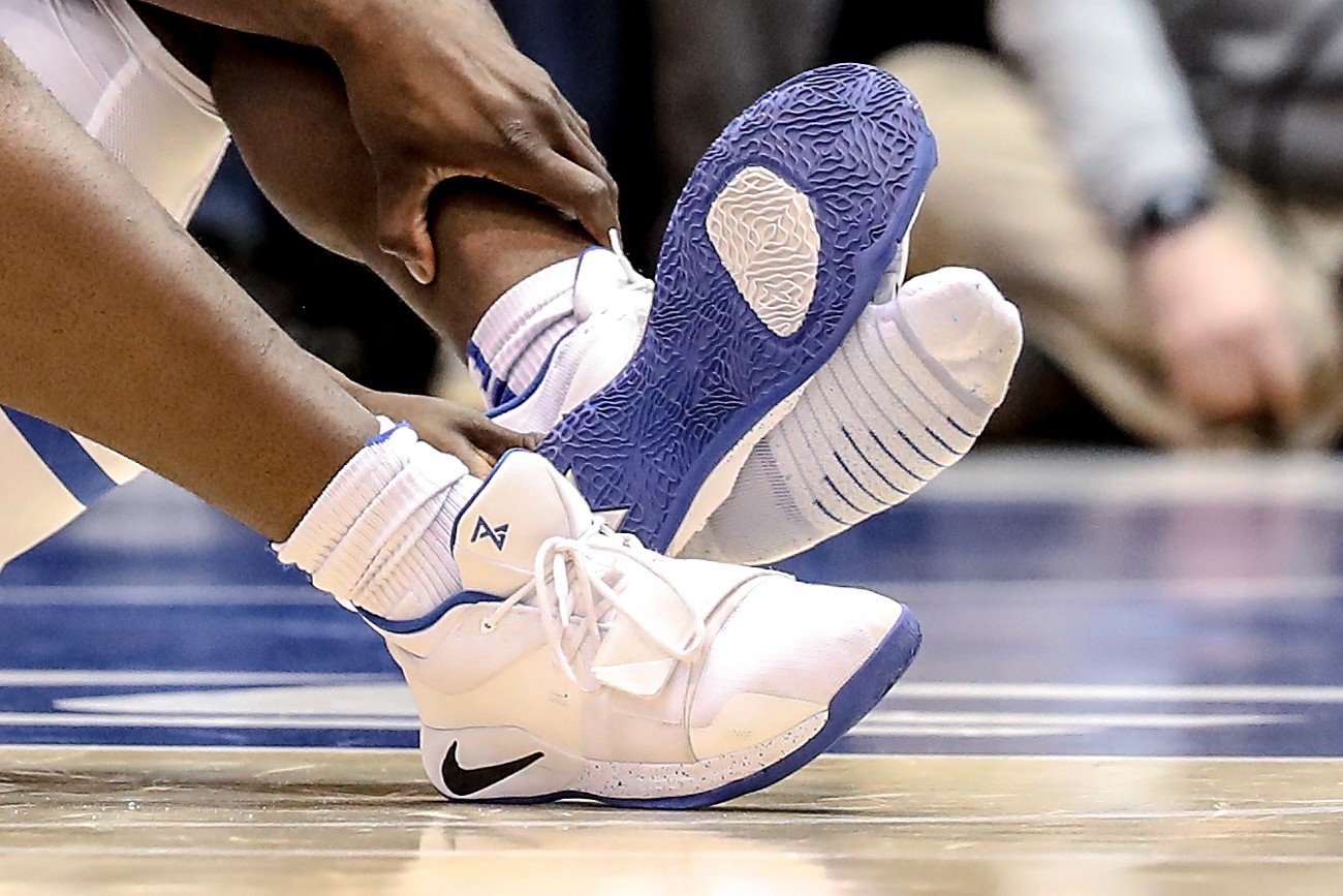 Zion Williamson's Nike PG 2.5 Receives