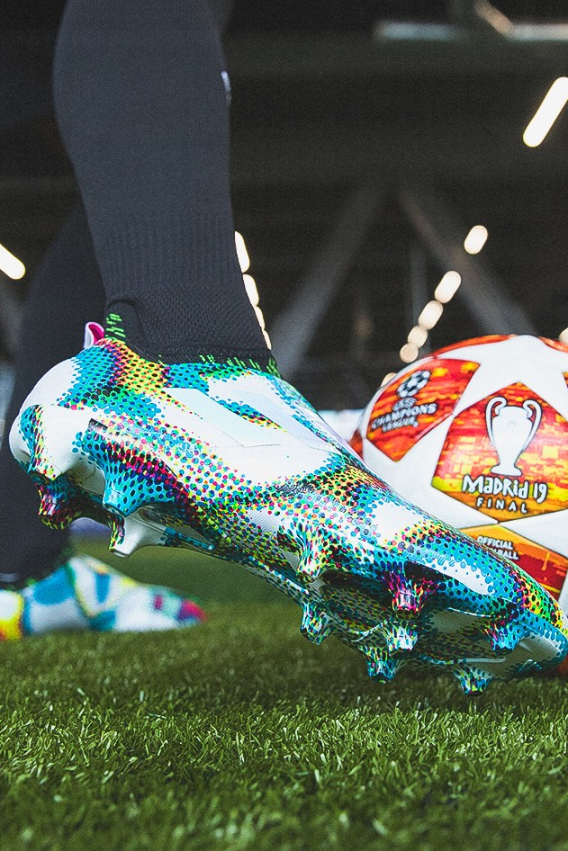 adidas Football Launches Glitch