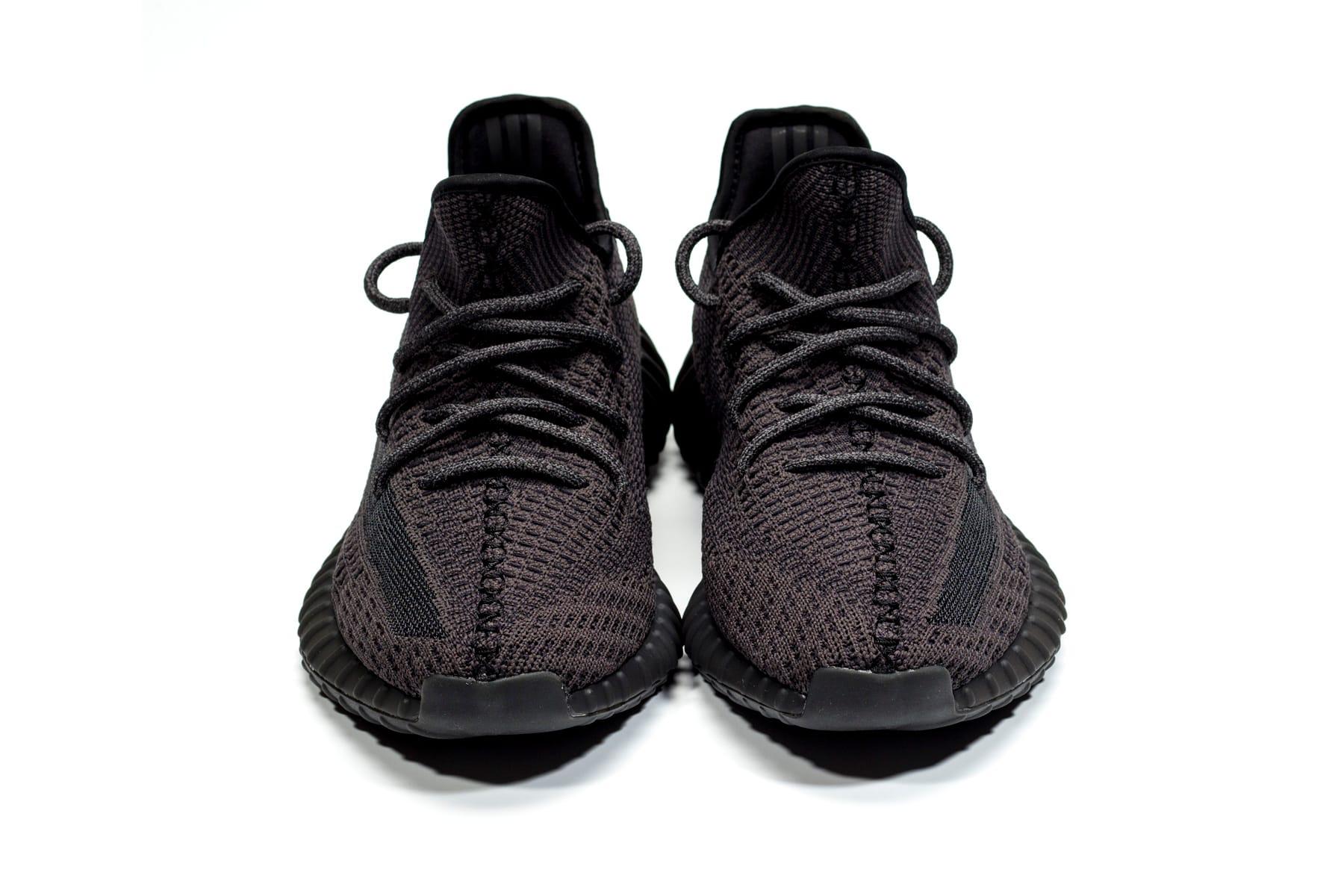 350 v2 all black