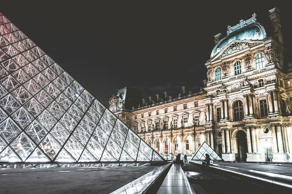Louvre Museum x Airbnb One Night Sleepover Event | HYPEBEAST