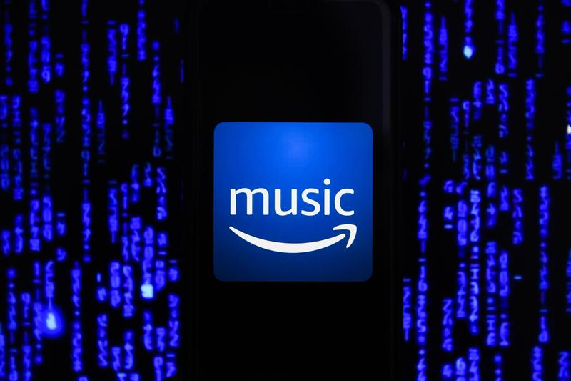 Amazon Readying HI-Fi Streaming Service lossless quality CD-quality lossless streams at 44.1 kHz / 16 bit. spotify apple music tidal 96 kHz / 24 bit