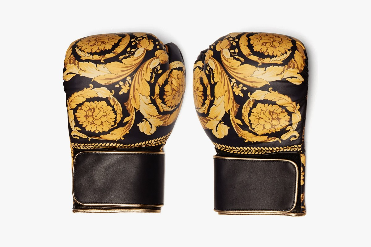Best Lifestyle Items Spring 2019 Pillow Blanket Candle mastermind WORLD Gucci NEIGHBORHOOD Off-White Michaël Verheyden Wacko Maria LOEWE Versace Cire Trudon Curionoir