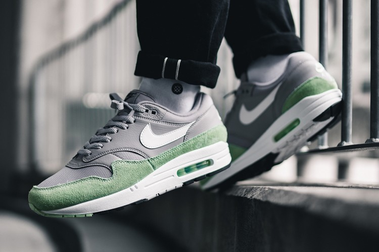 reputable site 858e2 30140 Nike Air Max 1