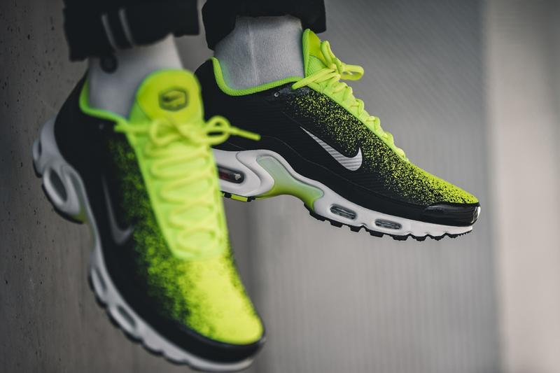 24dadeadf nike air max plus volt metallic silver black white spray painted sneaker  release