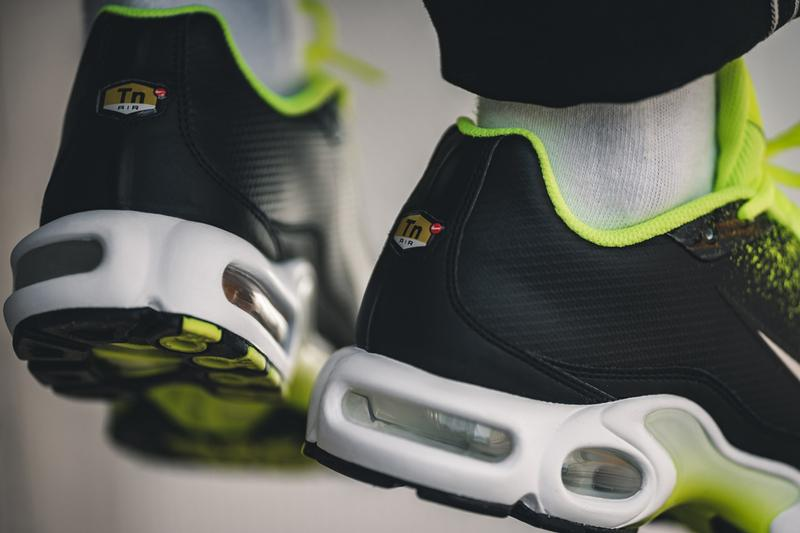 nike air max plus volt metallic silver black white spray painted sneaker release
