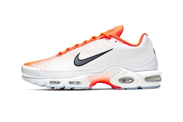 8dd3ec6f50 Nike's Air Max Plus Receives a White & Orange Gradient Spray Makeover
